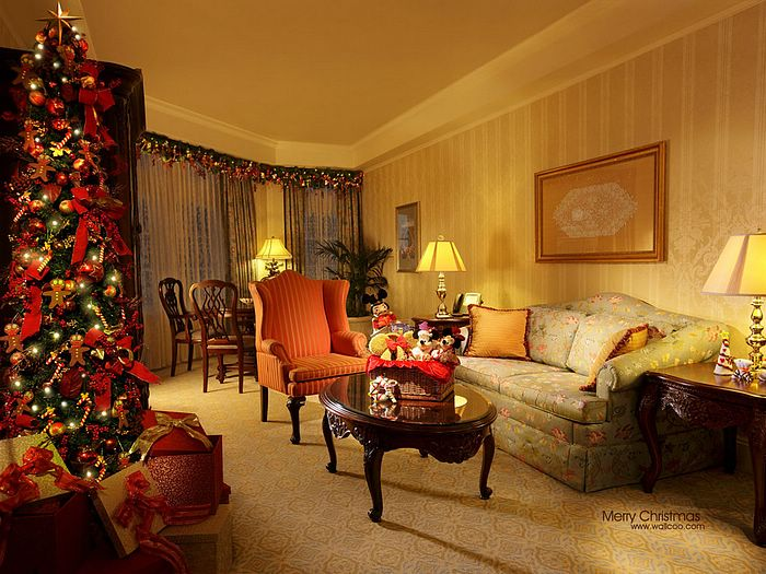 Holiday Themed Suites Of Hong Kong Disneyland Wallpaper